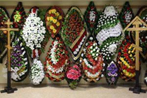 Ритуальные венки на похороны в Челябинске