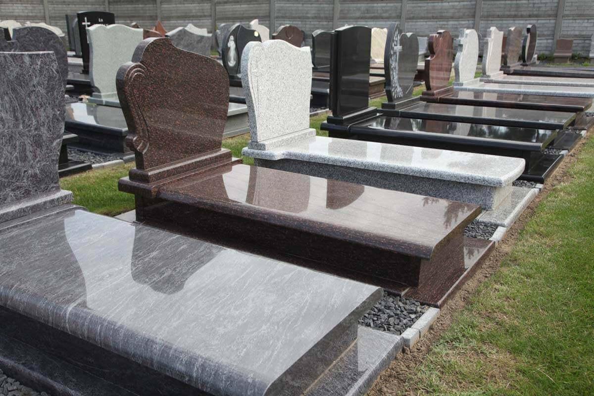 Виды материалов для надгробных памятников Челябинск