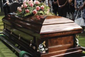 Сколько стоит похоронить человека?